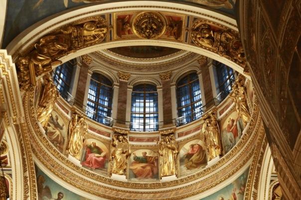 На реставрацию Исаакиевского собора в этом году потратят более 100 млн рублей