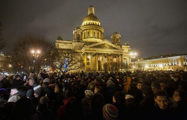 Песков опроверг согласование Путиным передачи Исаакия церкви