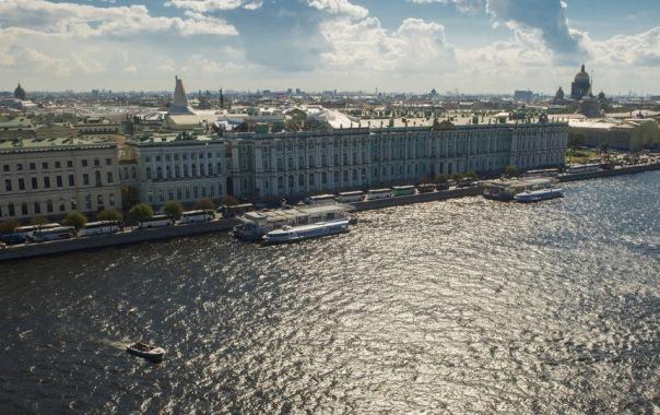 Эксперт: Петербург ожидает теплый июнь и дождливый июль