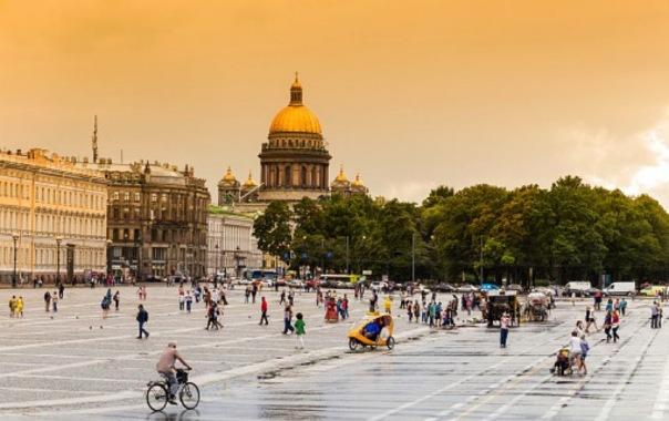 Петербург после яркого солнца могут накрыть сильные дожди