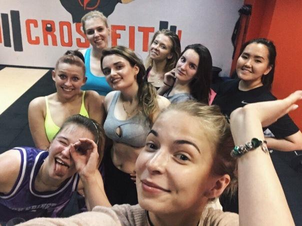 Спортивные тренировки для девушек в Санкт-Петербурге